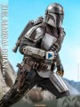 Hot Toys QS016 - 1/4 Scale Figure - The Mandalorian & The Child