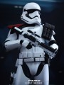 Hot Toys MMS334 - Star Wars Episode VII: The Force Awakens - First Order Stormtrooper Officer