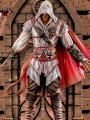 Iron Studios - 1/10 Scale Statue - Ezio Auditore ( Deluxe Version )